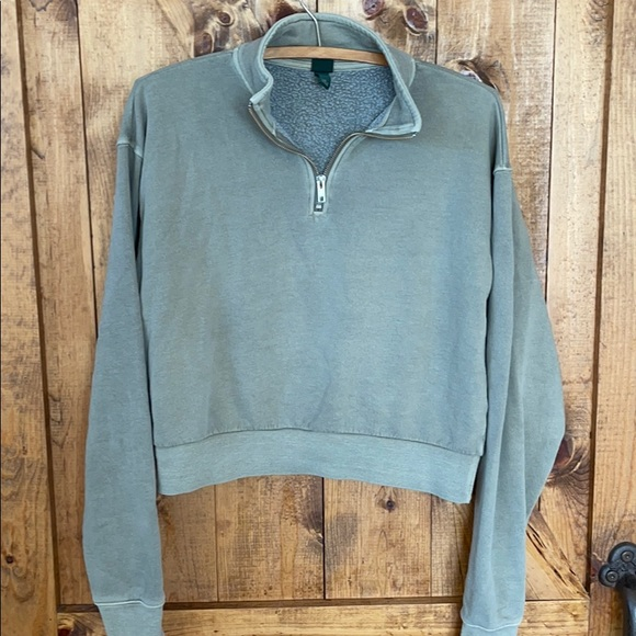 Cropped 1/4 zip